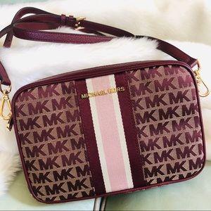Michael Kors Jet Set Kenly crossbody bag purse